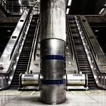 Canary Wharf Underground Station, 13-4-2019 (IMG_5618) Nik CEP4 - Bleach Bypass 4k