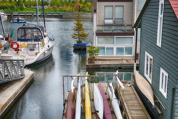 House Boats I