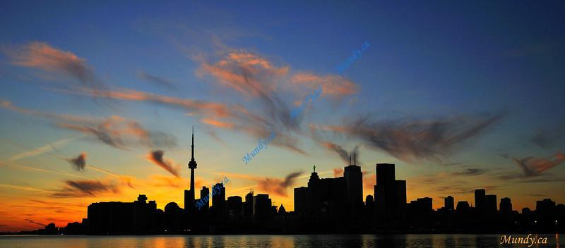 Toronto silhouette.
