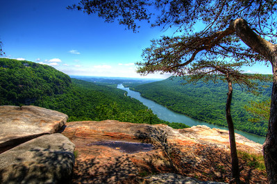 Edwards Point on the Cumberland Trail