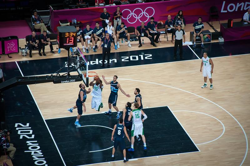Argentina-vs-Brazil-London-2012-Olympics-Mens-Basketball-Quarter-Finals-10