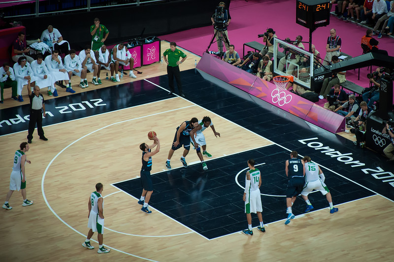Argentina-vs-Brazil-London-2012-Olympics-Mens-Basketball-Quarter-Finals-11
