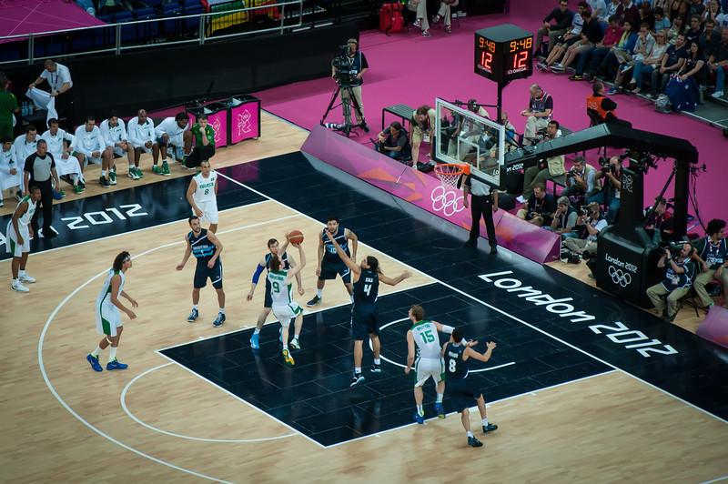 Argentina-vs-Brazil-London-2012-Olympics-Mens-Basketball-Quarter-Finals-14