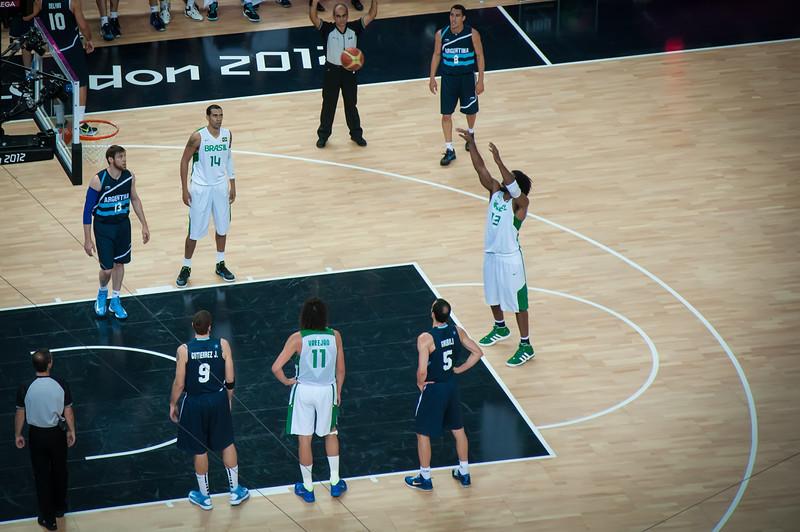 Argentina-vs-Brazil-London-2012-Olympics-Mens-Basketball-Quarter-Finals-9
