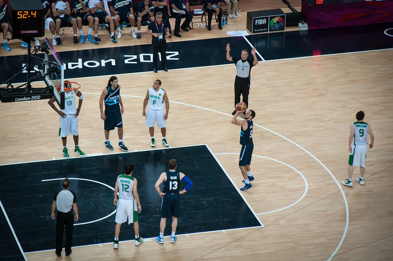 Argentina-vs-Brazil-London-2012-Olympics-Mens-Basketball-Quarter-Finals-21