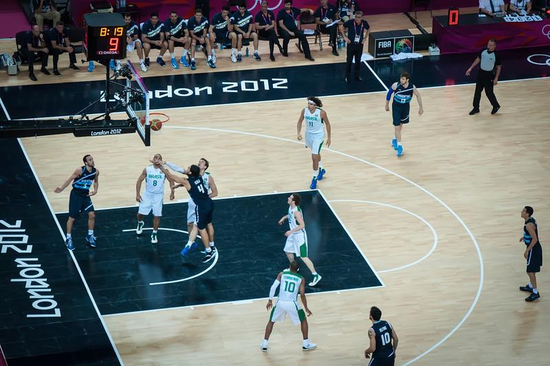Argentina-vs-Brazil-London-2012-Olympics-Mens-Basketball-Quarter-Finals-15