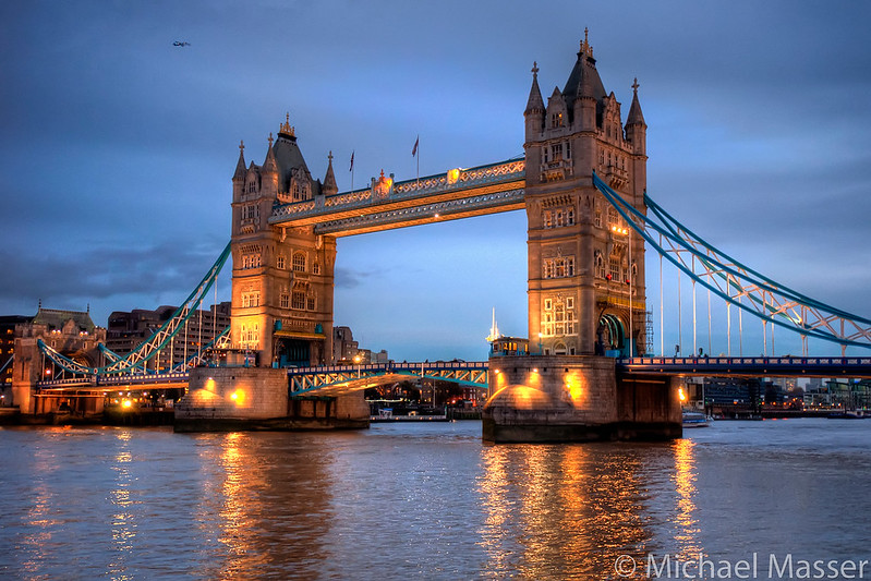Tower-Bridge-at-Dusk-HDR