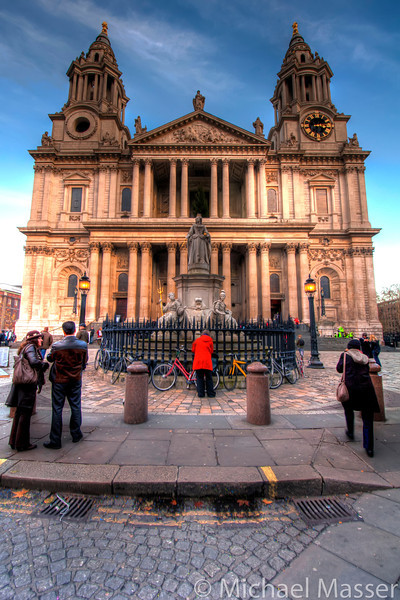 St-Pauls-Cathedral-London-HDR