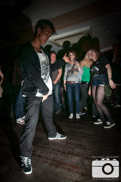 Reminisce-This-at-The-Harley-Sheffield-St-Patricks-Day-2012-16