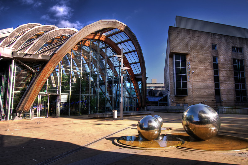 Sheffield-Winter-Gardens-Millennium-Gallery-Vitral-Rooflights-External-Towards-Crucible-Theatre-HDR-2