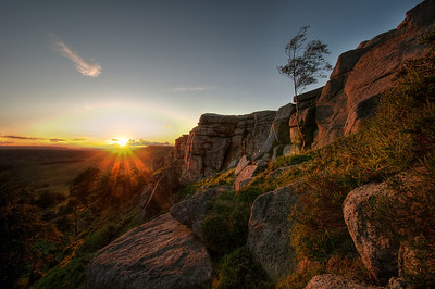 Sunset-on-the-Horizon-at-Stanage-Edge-Sheffield-HDR