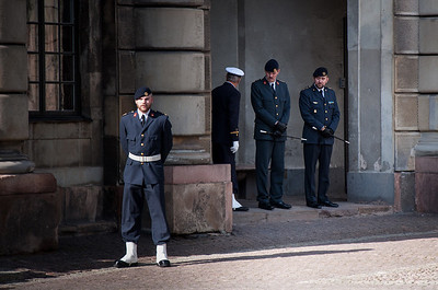 Changing-of-the-Guard-Royal-Palace-Stockholm-Sweden-4