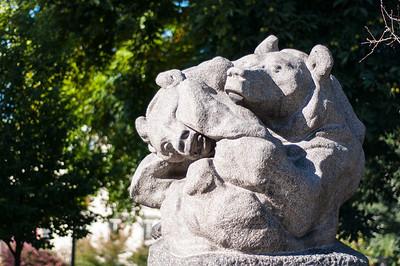 Bear-Statue-near-Strandvagen-Harbour-Ostermalmstorg-Stockholm-Sweden-1