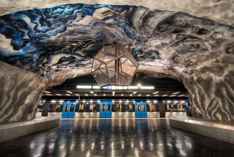 Tekniska-Högskolan-Tunnelbanan-Metro-Subway-Stockholm-University-Sweden-HDR