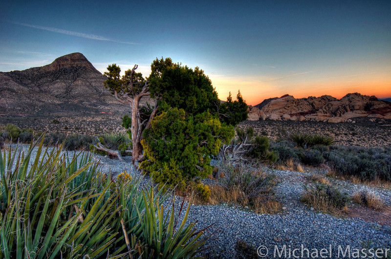Red-Rock-Canyon-Nevada-at-Sunset-HDR-5