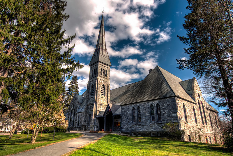 Grace-Episcopal-&-First-Congregational-Church-Amherst-College-Massachusetts-HDR-3