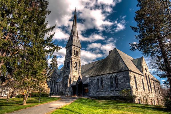 Grace-Episcopal-&-First-Congregational-Church-Amherst-College-Massachusetts-HDR-3