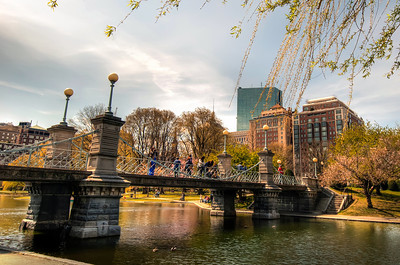 The-Lagoon-Bridge-The-Public-Garden-Boston-Massachusetts-HDR-11