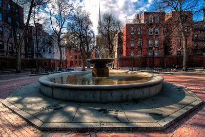 Paul-Revere-Mall-Fountain-Boston-Massachusetts-HDR-37