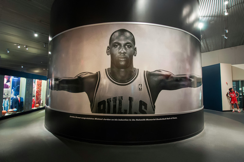 Michael-Jordan-Naismith-Memorial-Basketball-Hall-of-Fame-Springfield-Massachusetts-HDR-14