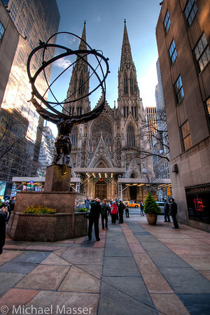 The-Atlas-and-St-Patricks-Cathedral-HDR