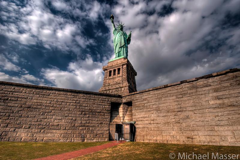 Statue-of-Liberty-Liberty-Island-HDR-3
