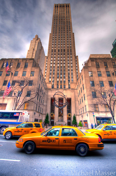 Rockefeller-Center-and-a-New-York-Taxi-HDR