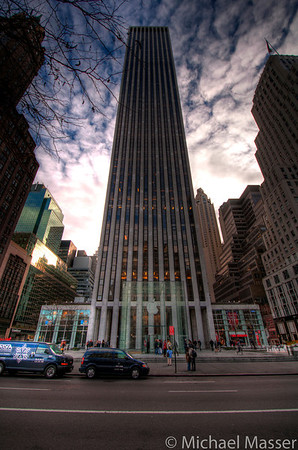 General-Motors-Building-and-Apple-Store-5th-Avenue-HDR