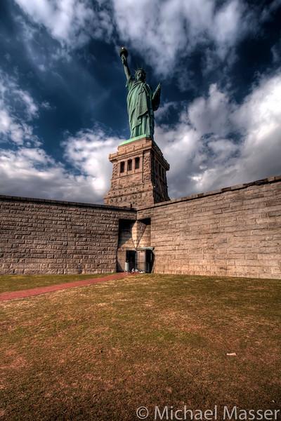 Statue-of-Liberty-Liberty-Island-HDR-5