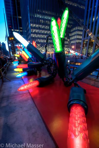 6th-Avenue-Christmas-Lights-HDR