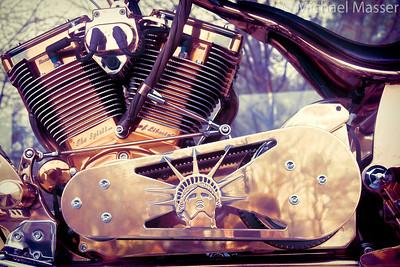 Liberty-Island-Motorbike