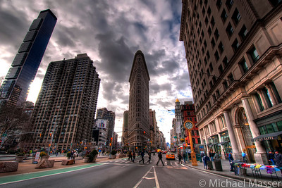 Flat-Iron-Building-Crossing-HDR