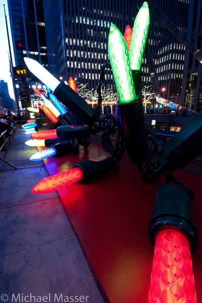 6th-Avenue-Christmas-Lights