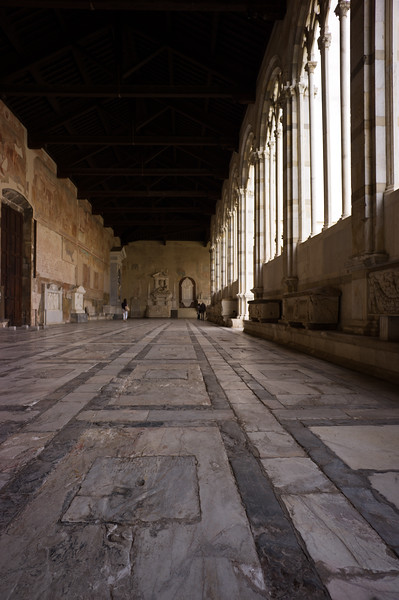 Camposanto floor