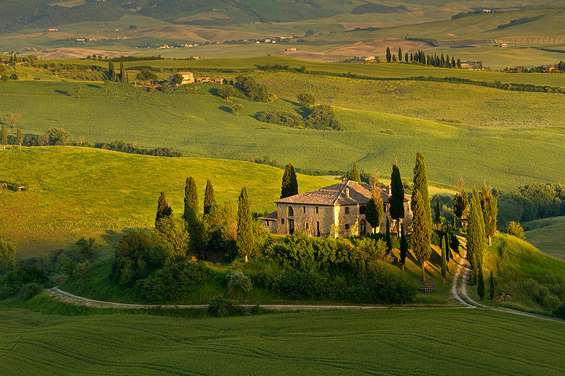 Probably the most photographed house in Tuscany, Belevedere.