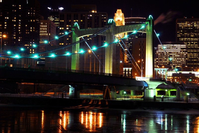 Henn Ave. Bridge at night.