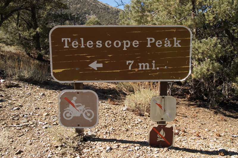 Telescope Peak Trail start - Death Valley - California