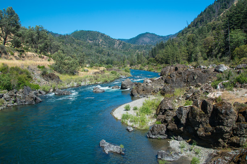 Looking downstream: the Trinity River at Redbud, west of Junction City, California, USA, June 2014. [Redbud 2014-06 004 Trinity-CA-USA]