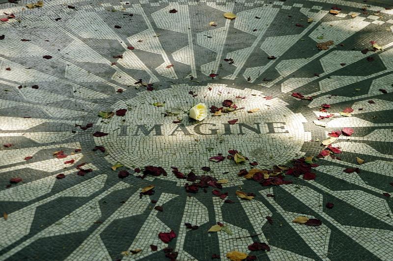 Central Park, John Lennon Memorial