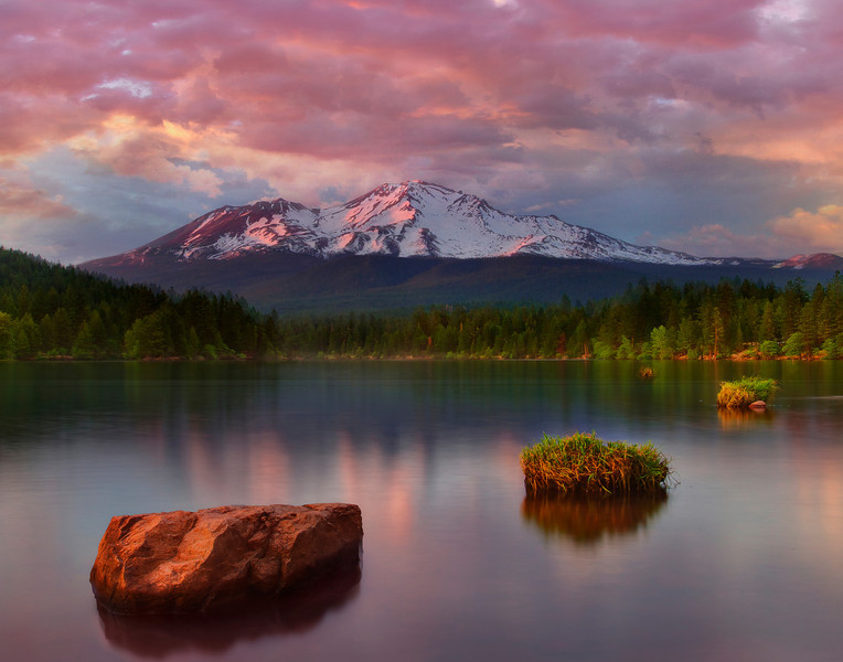Mount Shasta Sunset - Siskiyou Lake, California