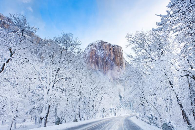 Winter Season in the Eastern Sierras - Yosemite National Park, California