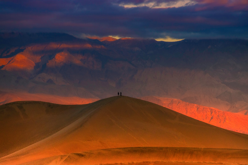 The Perfect Place To See The Sunrise - Death Valley National Park, Eastern Sierras, California