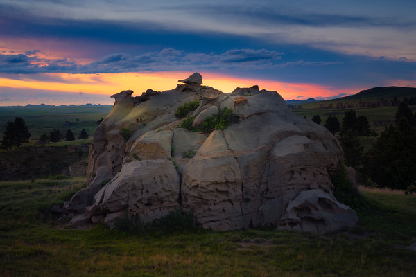 The End Of The Line For This Rock - Medicine Rocks State Park, Eastern Montana