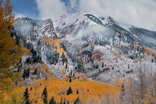 Light Showcase On Cliffs Edge - Maroon Bells-Snowmass Wilderness, Aspen, Colorado