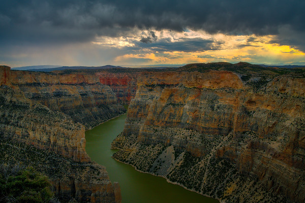 Late Light Descending Below Clouds In Bighorn Canyon - Bighorn Canyon National Recreation Area, Wyoming