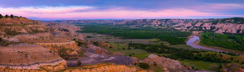 Little Missouri River In The Badlands - Theodore Roosevelt National Park, North Dakota