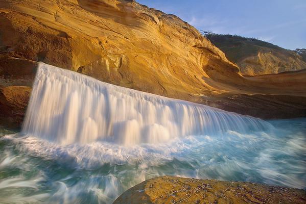 Overflow - Cape Kiwanda - Oregon Coast, Oregon