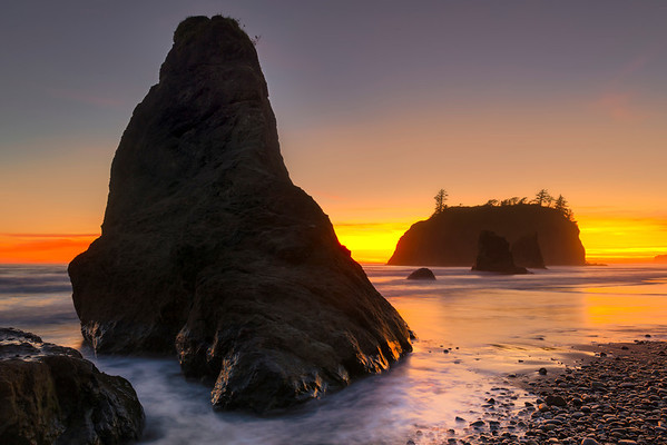 Fire Horizon - - Ruby Beach, Olympic National Park, Washington St.