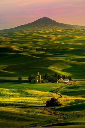 Vertical Leading S-Curve Into Hills From Butte - Tekoa, Palouse, WA