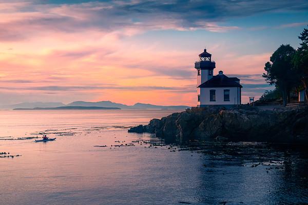 Lime Kiln Lighthouse and Kayaker